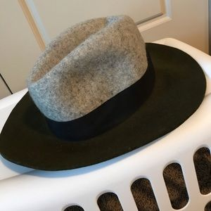 Grey and olive wool hat. Perfect for winter